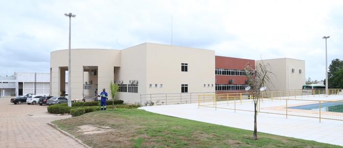 Fachada do campus Zé Doca